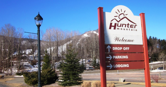 Hunter Mountain Sign