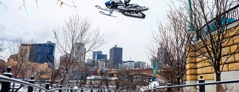 urban-snowmobiling
